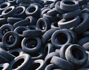 Waste-Tyre-Pyrolysis-to-Oil-Raw-Material